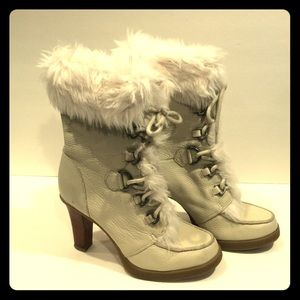 """Report """"Vail"""" STK Heel Boot Off White/Fur Size 8"""